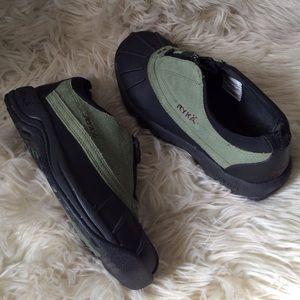 NWOT Ryka hiking walking shoes waterproof suede